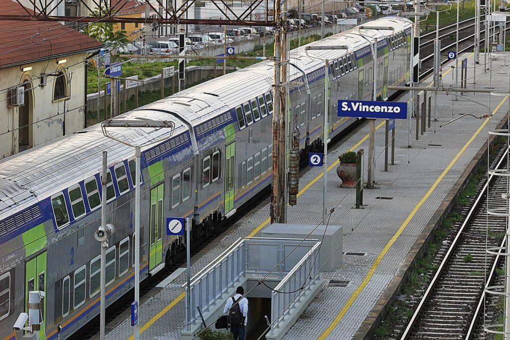 Stazione ferroviaria, San Vincenzo Toscana - Hotel Ciritorno
