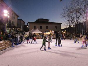 Pista di Pattinaggio sul Ghiaccio San Vincenzo - Hotel Ciritorno